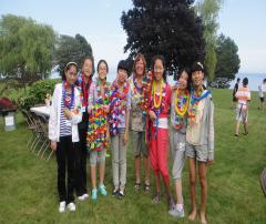 【阳光学府国际教育】留学生与寄宿家庭一起参加party